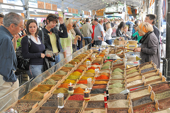 Visite du march provencal antibes - Marche provencal chambray ...